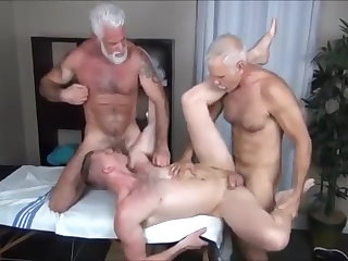 big cock (gay), bareback (gay), group sex (gay), hunk (gay), massage (gay), muscle (gay)