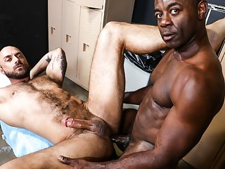 gay bear, gay, gay hunk, gay interracial, gay muscle, gay sex