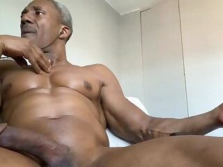 mature, muscled, guy, smoking, while, stroking